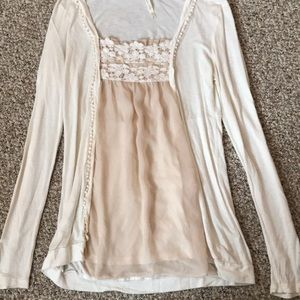 Tops - White long sleeve boutique shirt